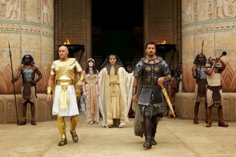 exodus-gods-kings-picture-1